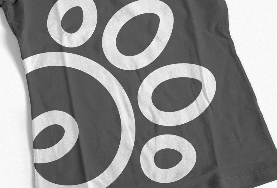 t-shirt-design-black-elena-reggiani-logo-studiograficodr